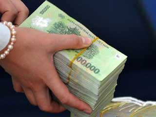 Lãi suất tiền gửi sẽ giảm xuống dưới 10%/năm