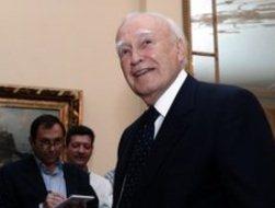 Hy Lạp lập chính phủ lâm thời, ấn định ngày bầu cử lại
