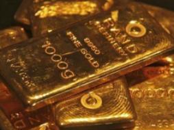 Giá vàng chạm đáy 4 tháng rưỡi khi euro giảm mạnh