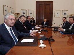 Đàm phán cuối cùng lập chính phủ liên minh Hy Lạp sụp đổ