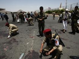 Đánh bom đẫm máu liên quan đến al-Qeada tại Yemen làm 100 người thiệt mạng