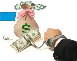 Cán bộ, công chức mua tài sản lớn phải thanh toán qua tài khoản
