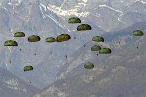 Biệt kích Mỹ-Hàn nhảy dù xuống do thám Triều Tiên