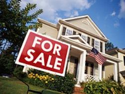 Doanh số nhà chờ bán của Mỹ đột ngột giảm nhiều nhất trong 1 năm