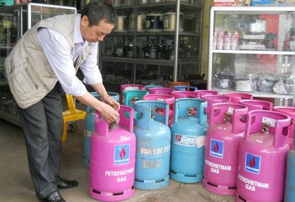 Ngày mai, giá gas chính thức giảm 30 nghìn đồng/bình