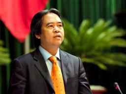 Thống đốc trần tình việc lãi suất cho vay chưa thể giảm mạnh