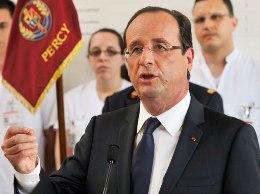 Pháp giảm tuổi nghỉ hưu bất chấp cảnh báo của EU
