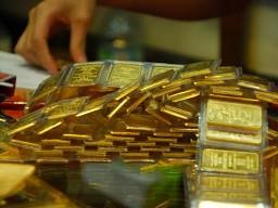 Vàng giảm hơn 600 nghìn đồng/lượng