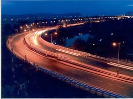 Ấn Độ đầu tư 1.000 tỷ USD vào cơ sở hạ tầng để thúc đẩy kinh tế