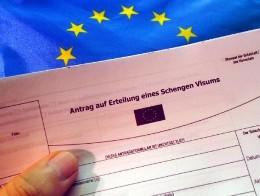 EU cân nhắc tạm bỏ khu vực miễn thị thực để ngăn chặn nhập cư