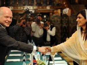 Anh-Pakistan hội đàm vấn đề hòa bình và an ninh