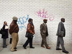 Số đơn xin trợ cấp thất nghiệp tuần qua của Mỹ bất ngờ tăng