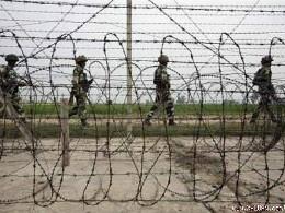 Binh sĩ Ấn Độ và Pakistan đọ súng tại Kashmir