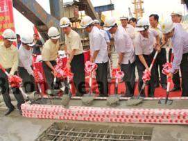 Hợp long cầu Bến Thủy II