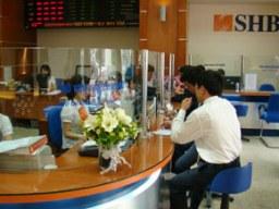 SHB: Chị ông Đỗ Quang Hiển đã mua 6,6 triệu cổ phiếu