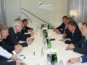 Nga và các đối tác ký 74 hiệp định gần 11 tỷ USD