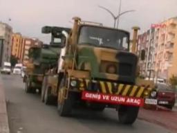 Thổ Nhĩ Kỳ đưa bệ phóng tên lửa tới sát biên giới Syria