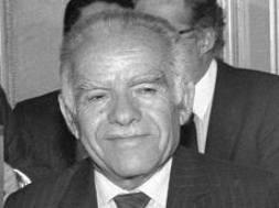 Cựu Thủ tướng Israel vừa qua đời