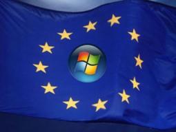 Microsoft bị phạt hơn 1 tỉ USD vì độc quyền