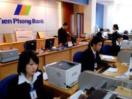 Chấp thuận phương án cơ cấu lại TienPhong Bank