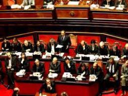 Italia xem xét cắt giảm 26 tỷ euro ngân sách trong 3 năm