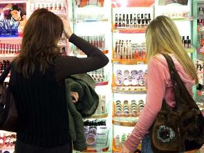 Doanh thu mỹ phẩm vẫn tăng dù suy thoái kinh tế