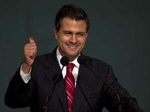 Biểu tình tại Mexico phản đối tân Tổng thống Nieto