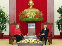 Tổng Bí thư Nguyễn Phú Trọng tiếp Ngoại trưởng Hillary Clinton