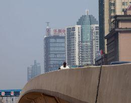 Trung Quốc tăng trưởng GDP quý II thấp nhất 3 năm