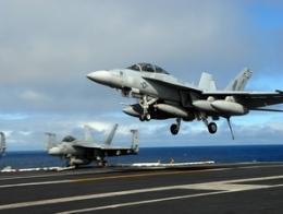 Australia chi 155 tỷ USD mua trang thiết bị quân sự