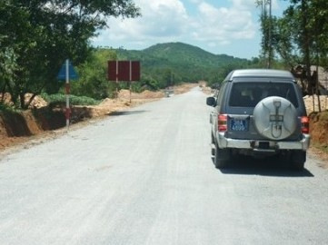Hà Tĩnh hoàn thành tuyến đường tránh Quốc lộ 15A