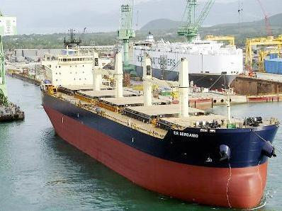 Đề nghị khấu trừ thuế GTGT dịch vụ vận tải biển giữa các cảng nước ngoài