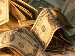 USD giảm so với các đồng tiền chủ chốt do đồn đoán về QE3
