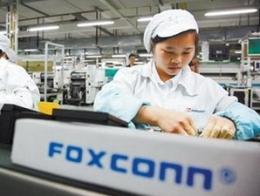 Foxconn muốn mua lại các ghế giám đốc tại Sharp