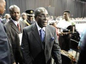 EU sẽ dỡ bỏ lệnh trừng phạt Zimbabwe