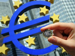 Đồng euro sẽ không sớm sụp đổ