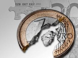 Euro giảm giá mạnh có thể cứu được eurozone