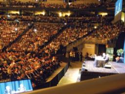 Mục sở thị Đại hội thường niên với 40 nghìn cổ đông