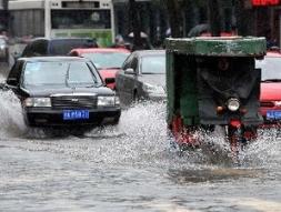 Chính quyền Bắc Kinh phản pháo chỉ trích sau đợt mưa lụt