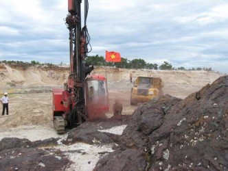 Mỏ sắt Thạch Khê khai thác những tấn quặng đầu tiên