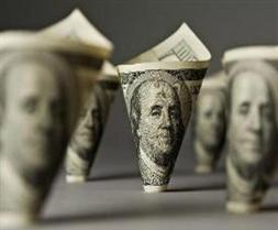 Dự trữ USD toàn cầu cao nhất từ 2010
