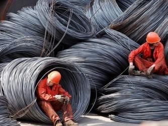 Lợi nhuận ngành thép Trung Quốc giảm 96% nửa đầu 2012