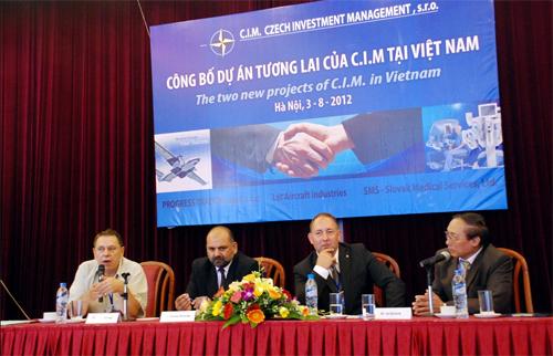 Doanh nghiệp Séc tìm cơ hội đầu tư vào y tế và hàng không tại Việt Nam