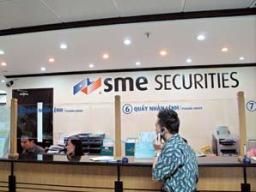 Nhà đầu tư bán tháo cổ phiếu SME