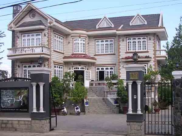 Sẽ mở cửa cho tư nhân mua gom biệt thự Pháp