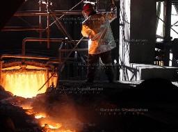 Nhà máy thép lớn nhất châu Âu có nguy cơ đóng cửa