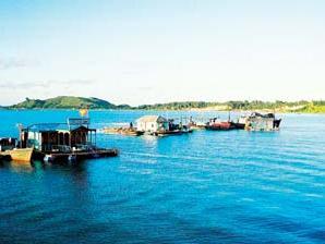 Quảng Ninh đề xuất cơ chế đầu tư cho Vân Đồn, Móng Cái