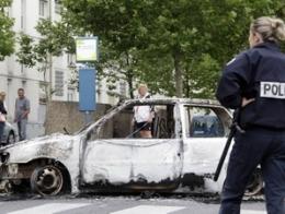 Bạo loạn bùng phát tại thành phố của Pháp