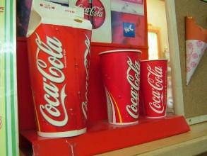 Thị trưởng New York bị chỉ trích do lệnh cấm bán chai nước ngọt cỡ lớn
