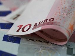 Euro hướng tới tuần tăng nhiều nhất từ cuối tháng 7 với USD